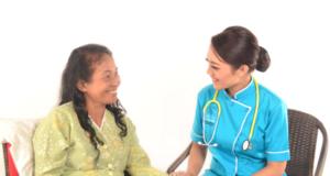 Perawat lansia, Homecare, Perawat Homecare