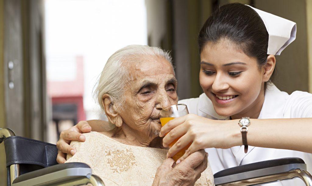 Merawat orang terkena stroke di rumah sendiri
