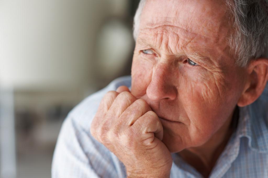 Waktu yang tepat untuk menggunakan perawat lansia di rumah