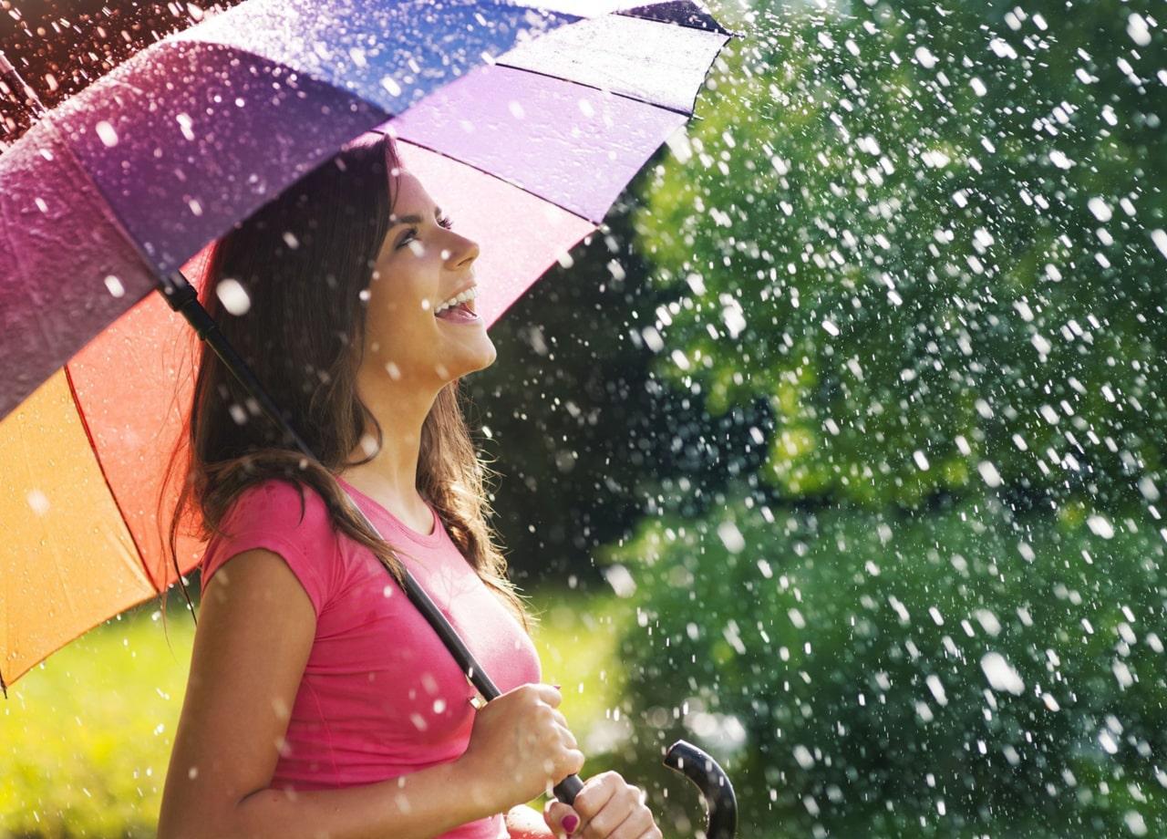 Tips Menjaga tubuh tetap fit di musim hujan