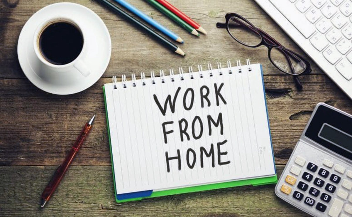 Mengatasi kebosanan saat kerja dari rumah.