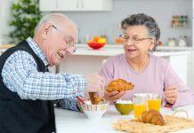 Inilah menu makanan yang harus dihindari oleh lansia