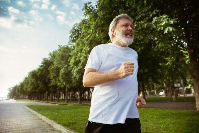 menjaga kesehatan tulang dan sendi sampai usia lanjut